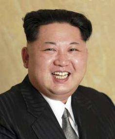 """""""뽀샵 처리 안한 북한 국가존엄 김정은 사진"""""""