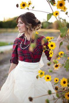 Country wedding dress - love it.