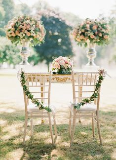 This chair garland is absolutely lovely. Customizing the details of your decor makes it that much more special. #wedding