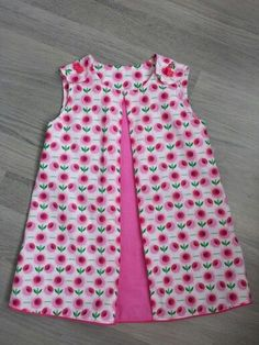 nice style in different fabric Girls Frock Design, Baby Dress Design, Baby Girl Dress Patterns, Baby Dress Tutorials, African Dresses For Kids, Little Dresses, Little Girl Dresses, Baby Frocks Designs, Kids Frocks Design