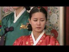 5分でわかる「イ・サン」~第56回 裏切られた喜び~  朝鮮王朝第22代王、正祖(チョンジョ)、名はイ・サン。偉大な王として多くの功績を残したイ・サンの波瀾万丈の生涯を描く歴史エンターテイメント・ドラマ。「チャングムの誓い」のイ・ビョンフン監督作品。主演は、イ・ソジン。韓国では最高視聴率38%を記録し、あまりの人気に話数が延長された話題作。    第56回「裏切られた喜び」  ホン・グギョンが元嬪(ウォンビン)の想像妊娠を隠すように主治医に口止めしているところに偶然サンが現れる...。恵慶宮(ヘギョングン)は王室の慣例に従い、元嬪に懐妊を確かめるための飲み薬を飲ませることに。第56回を5分ダイジェストでご紹介!  NHK総合 毎週(日)午後11時~ (C)2007-8 MBC    番組HPはこちら「http://nhk.jp/isan」