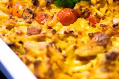 Maukas broileri-perunavuoka – Hellapoliisi Macaroni And Cheese, Curry, Food And Drink, Pasta, Ethnic Recipes, Koti, Drinks, Ideas, Drinking