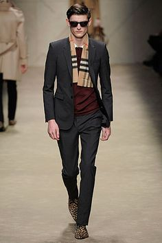 FM London: MFW Day 1 - #Burberry AW13 - Alexander Beck closed the show