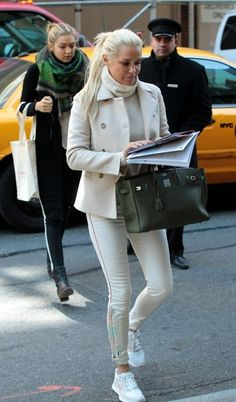 Gigi Hadid - Yolanda Foster in New York