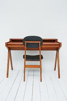 Midcentury-style Danish writing desk and chair at Urban Outfitters - Retro to Go Vintage Furniture, Furniture Design, Vintage Desks, Modern Furniture, Sliding Door Mechanism, Scandinavian Desk, Desk Dimensions, Danish Interior, Modern Desk