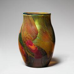 Tiffany Favrile Glass Vase / c. 1910