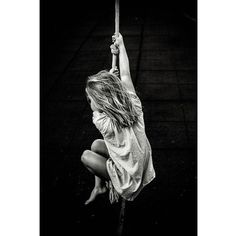 #Madrid photographer Charo Diez @charo_diez captures her daughter playing the role of Jane from Tarzan.To submit your images for consideration on our feed follow @childhoodeveryday and tag your photos #childhoodeveryday. // #childhood #Tarzan #swing #motherhood #daughter #play #blackandwhite #blackandwhiteisworththefight