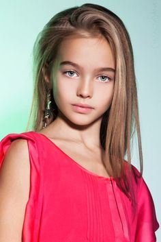 Anastasia Bezrukova - young child model from Russia Beautiful Model Girl, Beautiful Little Girls, Beautiful Children, Beautiful Eyes, Anastasia, Young Models, Child Models, Teen Models, Cute Young Girl