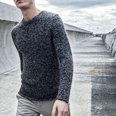Black and grey light texture for #AlphaStudio wool and mohair pull  #fw2014 #menswear #mensfashion #menstyle #style #stylish #knit #knitwear #wool #mohair #black #grey #winternuance #fashion #moda #pull