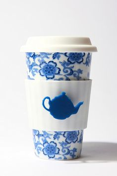 Tea Lovers To Go Cup. From Urban Outfitters Apartment. Eco Cup, Blue China, White China, Dinnerware Sets, My Tea, Ceramic Cups, Afternoon Tea, Tea Set, Tea Time