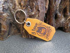 HUSKY Key ring Genuine leather pet dog key chain 606 Thick Leather, Natural Leather, Leather Keyring, Pet Dogs, Pets, Split Ring, Bull Terrier, Cowhide Leather, Key Rings