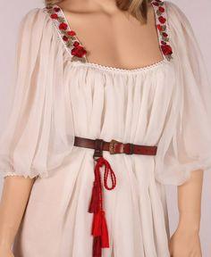 romanian traditional wedding dress