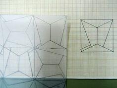 En 3º estamos trabajando con las redes modulares y con los movimientos del modulo en el plano, (giros, simetría,traslación , yuxtaposición ,...