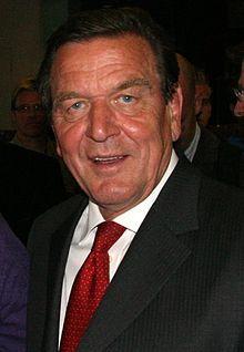 Gerhard Schröder (SPD), 1998-2005.  http://de.wikipedia.org/wiki/Gerhard_Schr%C3%B6der