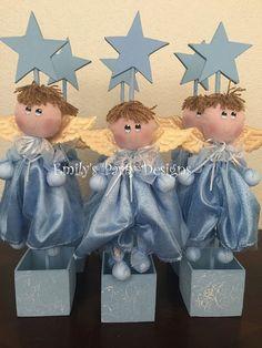 Angelitos de tela de manta Centros de Mesa por designsbyemilys