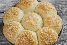Bread Dough Recipe, Hamburger, Recipes, Brot, Burgers, Ripped Recipes, Cooking Recipes