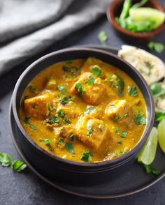 Tikka Masala - Instant Pot Instant Pot Paneer Tikka Masala is a flavorful and aromatic curry, made with marinated and grilled paneer cubes simmered in a rich onion tomato gravy along with warm spices. Indian Veg Recipes, Indian Dessert Recipes, Paneer Tikka Masala Rezept, Butter Paneer Masala, Spicy Recipes, Cooking Recipes, Veg Food Recipes, Vegetarian Recipes Videos, Healthy Recipes