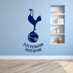 Tottenham Hotspur F. cockerel crest/emblem - Wall sticker available in over twenty colors. Great option for a basement wall. I like the light blue in the back too. Real Madrid Football, Ronaldo Real Madrid, Boys Football Room, Football Bedroom, Football Wall, Bedroom Themes, Kids Bedroom, Bedroom Ideas, Tottenham Hotspur Wallpaper