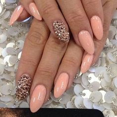Peach Nails - Rhinestones