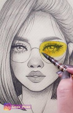 10 oddly satisfying art video, click to watch the whole video on youtube ♥ #satisfyingart #howtodraw #portraitdrawing Girly Drawings, Art Drawings For Kids, Art Drawings Sketches Simple, Pencil Art Drawings, Realistic Drawings, Easy Drawings, Drawing Ideas, Girl Pencil Drawing, Sketches Of Faces