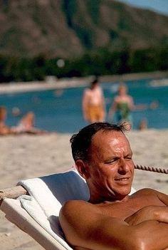 Frank Sinatra Honolulu, Hawaii 1962