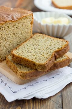 This Gluten-Free Bread Recipe has delicious flavor and texture. It's perfect for sandwiches, toast and more! You'll never need to try another recipe! Easy Keto Bread Recipe, Best Gluten Free Bread, Best Keto Bread, Gluten Free Baking, Coconut Flour Bread, Almond Flour Recipes, Almond Bread, Almond Milk, No Bread Diet