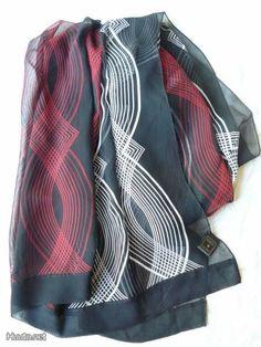 Marja Kurki silkkikaulahuivi / Marja Kurki scarf