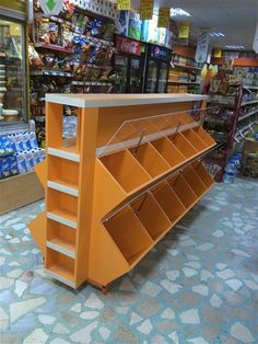 Candy Store Display, Retail Display Shelves, Showroom Design, Shop Interior Design, Small Store Design, Diy Wooden Projects, Supermarket Design, Store Layout, Fruit Shop