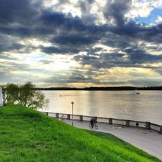 """#Samara #Самара #Волга #Осипенко #Volga #BigRiver #Набережная #Наба #Green #Colors #Clouds #Sky  #Sunshine #River #HDR  #iPhone6 #ProHDR 20.05.2015"""