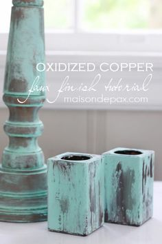 Create your own gorgeous patina to imitate oxidized copper with this tutorial at maisondepax.com #paint #tutorial #technique #howto #patina #metal #fauxfinish
