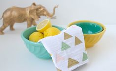 Use this tutorial to brighten up your tea towels.
