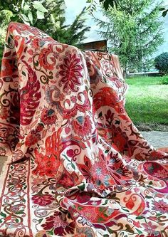 Central Asia, Fabric Strips, Silk Fabric, American Houses, Contemporary Embroidery, Traditional Art, Grape Vines, Village Drawing, Needlework