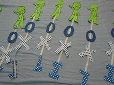 Την θεματική ενότητα της εθνικής γιορτής της 28ης Οκτωβρίου του 1940  επεξεργαζόμαστε εδώ και μέρες στο Σχολείο μας!!        Παρακολουθ... Fall Crafts, Crafts For Kids, Kindergarten, Education, Autumn Crafts, Crafts For Children, Kids Arts And Crafts, Kindergartens, Onderwijs