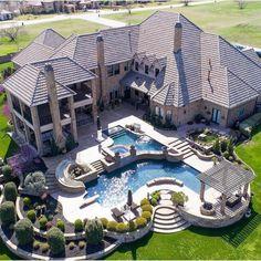 Backyard design with pool