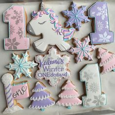 """Colavita Confections LLC on Instagram: """"❄️🦄❄️ Kalani's Winter ONEderland with a pop of unicorn💕❄️ #ColavitaConfections #cookiesofig #cookiesfromscratch #fromscratch…"""" First Birthday Winter, Winter Wonderland Birthday, 1st Birthday Party For Girls, Unicorn Themed Birthday, Girl Birthday Themes, Half Birthday, Birthday Board, Birthday Ideas, Sesame Street Birthday Cakes"""