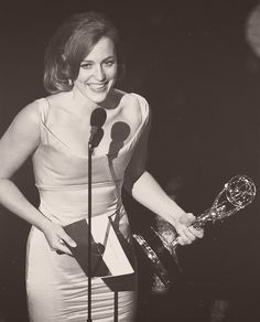 Gillian Anderson wins Outstanding Lead Actress in a Drama at the 1997 Emmy Awards. The youngest actress (at the age of 29 years old) in 1997 to win the award. The only actress to win for a sci-fi drama. The only actress to win for a show on the FOX network.