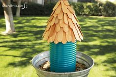 Make an inexpensive coffee can bird feeder! - CherylStyle