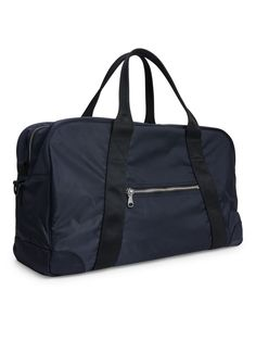 Based on an original Air Force kit bag, this modernised duffle is designed in a water-resistant nylon fabric engineered in Japan. Ideal for daily use, trav