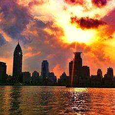 @ericlodi sur #instagram Shanghai, New York Skyline, Instagram Posts, Travel, Viajes, Destinations, Traveling, Trips