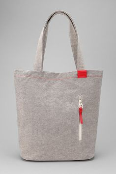 I've got something for totes! And this one looks so fresh and casual! (Incase Tote Bag  #UrbanOutfitters)