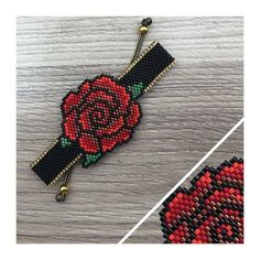 This Pin was discovered by Ayş Peyote Beading Patterns, Seed Bead Patterns, Loom Beading, Bracelet Patterns, Tiny Earrings, Bead Loom Bracelets, Beaded Crafts, Beaded Clutch, Bijoux Diy