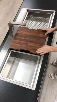 Kitchen Room Design, Home Room Design, Modern Kitchen Design, Home Decor Kitchen, Interior Design Kitchen, Kitchen Ideas, Smart Home Design, Modern Sink, Unique House Design