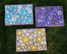 "My retro themed series of ""Flower Power"" stepping stones is complete. I am still thinking I need an orange one? Mosaic Crafts, Mosaic Projects, Mosaic Art, Mosaic Ideas, Mosaic Birdbath, Mosaic Garden, Picnic Blanket, Outdoor Blanket, Power Series"