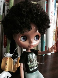 Find More Dolls Information about Blyth Doll ,jointed doll,with black curly hair, dark skin , For Girl's Gift,Free shipping,GYSW008,High Quality doll swing,China doll joint Suppliers, Cheap doll princess from Angle*Manor on Aliexpress.com