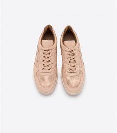 Veja women's sneakers, bags and accessories - VEJA STORE Veja V 10, Baskets, Natural Lifestyle, Vegetable Tanned Leather, Street Wear, Converse, Louis Vuitton, Leather, Fashion Styles