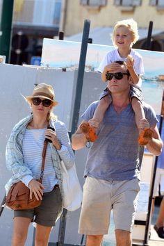 "Naomi Watts and Liev Schreiber wake a walk with their son Samuel ""Sammy"" Kai () on Liev's shoulders. Little Sammy was eating a french baguette."