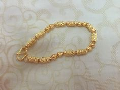 Bracelet Models - Gold Hong Kong Ornament Bracelet - My Popular Photo Gold Bracelet Indian, Gold Bracelet For Women, Gold Bangle Bracelet, Baby Bracelet, Silver Bracelets, Beaded Bracelets, Necklaces, Gold Bangles Design, Gold Earrings Designs