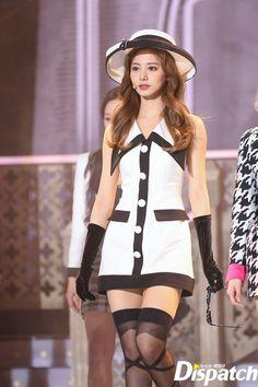 #tzuyu #twice #쯔위 #트와이스 Nayeon, Stage Outfits, Kpop Outfits, Tzuyu Body, Kpop Fashion, Fashion Outfits, Tzuyu And Sana, Twice Tzuyu, Twice Kpop