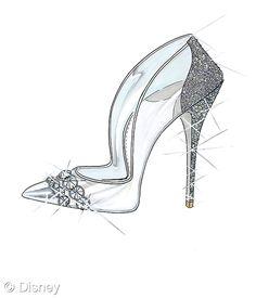 """Paul Andrew dijo \\""""La zapatilla de cristal de Cenicienta representa el zapato soñado de toda mujer. La historia detrás del clásico me inspiró a usar mi icónica silueta de tobillo en forma de punto, la cual he embellecido con cristales Swarovski alineados para crear la última fantasía de zapato... (FOTO:Disney)"""