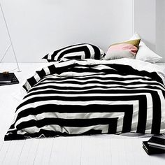 Aura Corner Stripe (Black) Kids Bedroom Accessories, Kids Bed Linen, Awesome Bedrooms, Kids Furniture, Linen Bedding, Comforters, Kids Room, Blanket, Corner